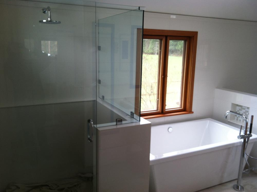 Picture of remodeled bathroom plumbing in Bellingham.
